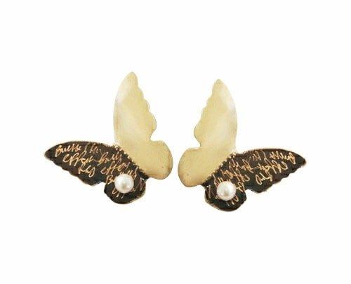 Σκουλαρίκια καρφωτά κοντά μικρά χειροποίητα με μαργαριτάρια πεταλουδα – 4655